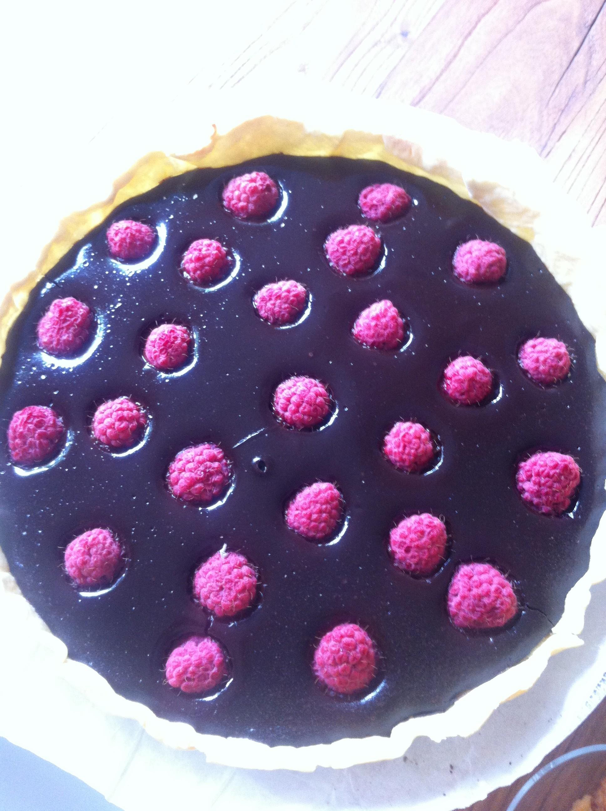 Tarte au chocolat met frambozen | more #recepies at www.notafraidofbutter.nl