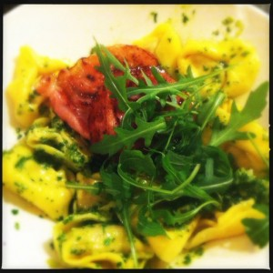 notafraidofbutter.nl | tortellini with rocket pesto