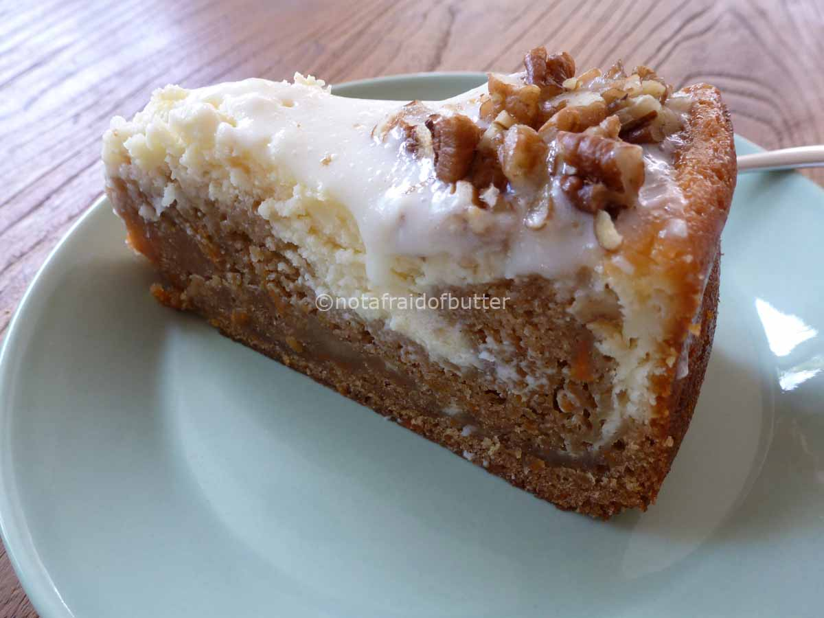 notafraidofbutter.nl| Piece of cake - carrot cake and cheesecake combo