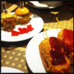 notafraidofbutter.nl | Barcelona - Piruletas de queso brie y almendras@ciudad condal