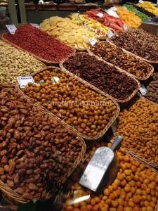 nuts @ mercat la boqueria
