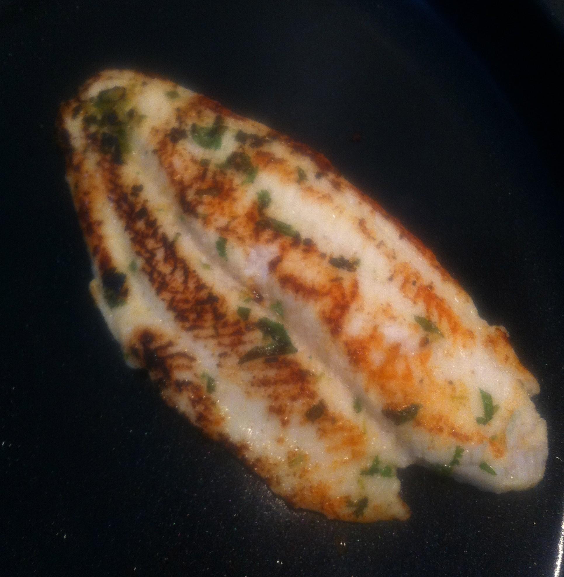 vis tortilla met koriander en limoen | more #recepies at www.notafraidofbutter.nl