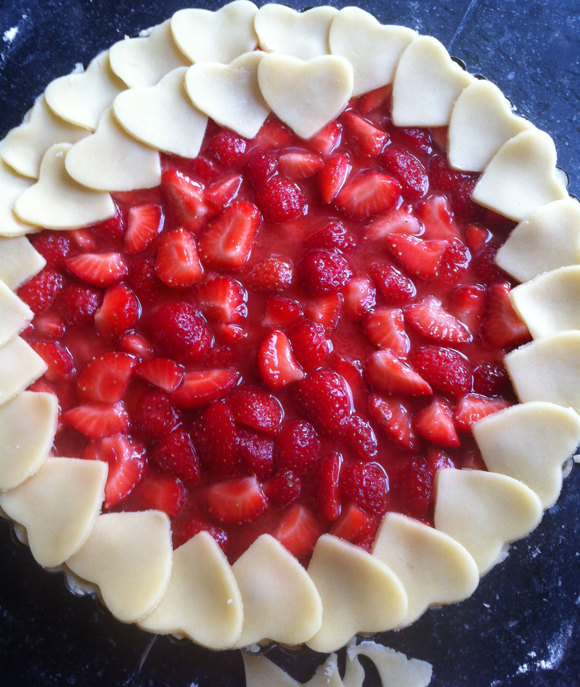 strawberry pie in proces | more recipes at notafraidofbutter.nl