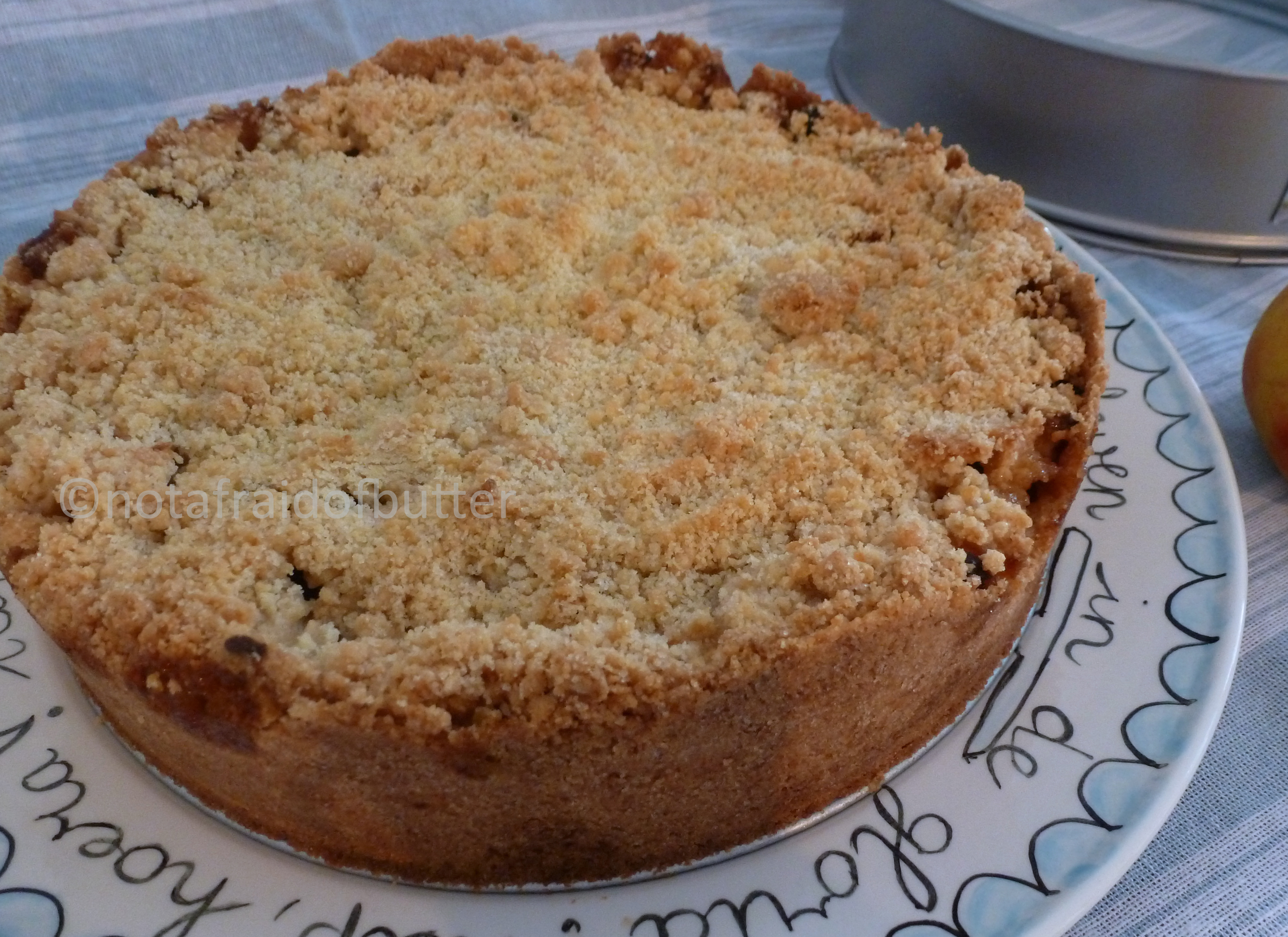 Apple crumble with dried fruits and cream | notafraidofbutter.nl